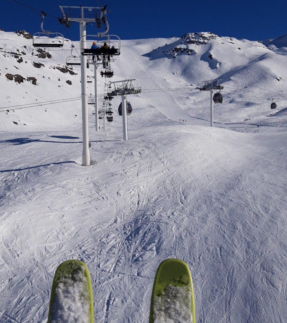 skis et piste